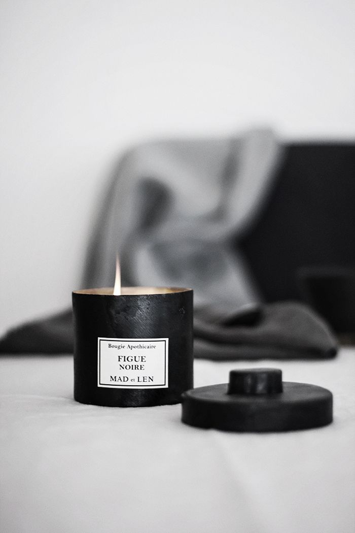 Black fig candle ♥                                                       …