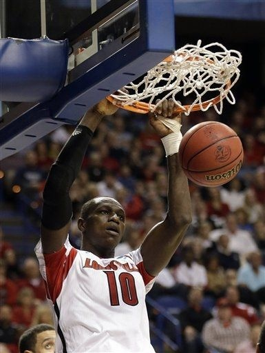 Louisville College Basketball - Cardinals Photos - ESPN