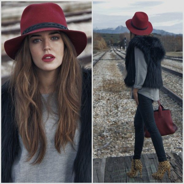 Clara Alonso Blog » My Red Hat