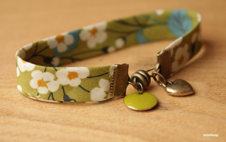 bracelet liberty printemps coeur et pastille colorée brillante verte