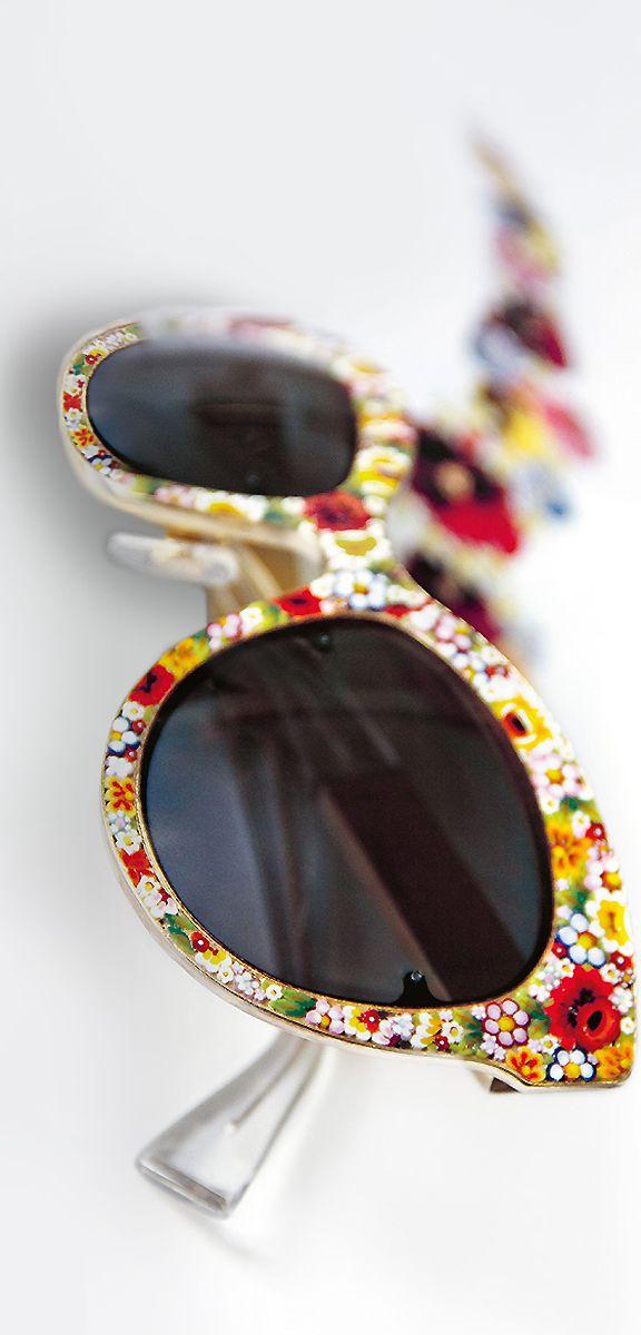 #Gafas de sol con montura floral de @dolcegabbana #eyewear