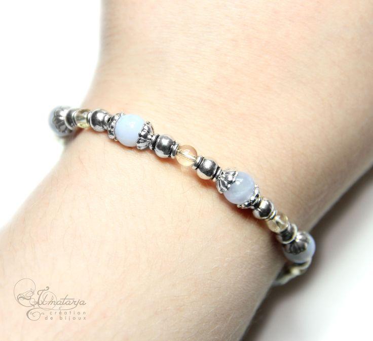 """Bracelet """"Douce Aurore"""" en citrine et calcédoine par Ilmatarja, Création de Bijoux. #bracelet #pierres #calcédoine #citrine #aube #lumineux #serenityblue #bleusérénité #douceur"""