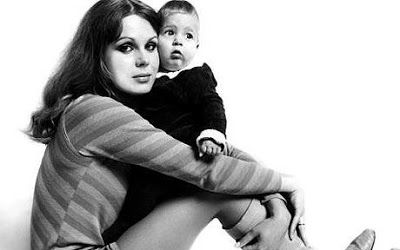 Joanna Lumley And Her Son Jamie (ca.1967)