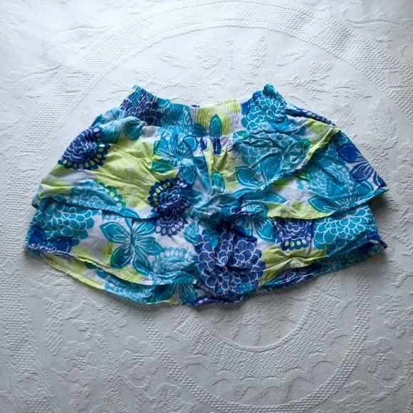 Floral Skirt Blue and green floral skirt. Has ruffley layers. Stretchy at the top. Worn a few times. Aeropostale Skirts Mini