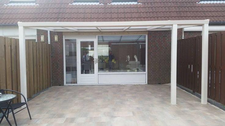 Ons huis met een nieuw aangelegde tuin + veranda <3 #living #buitenleven #RMoutdoor en #rivieramaison
