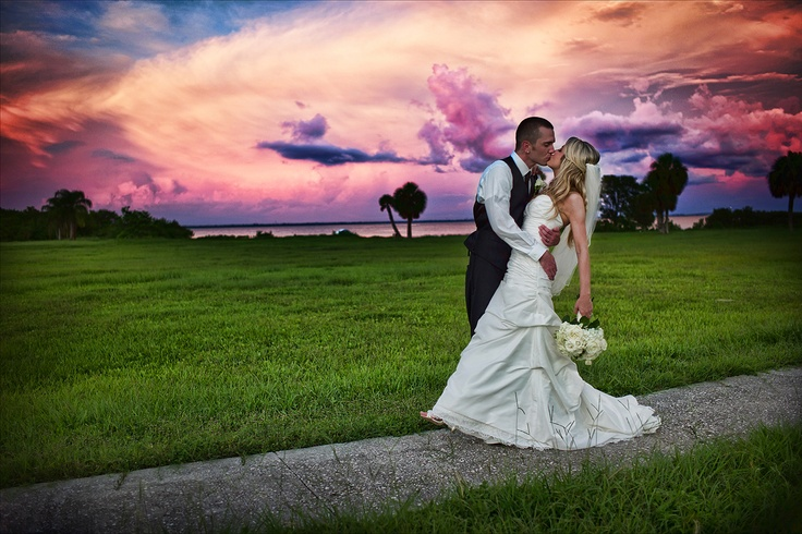 The sky was so beautiful on their wedding day! - Safety Harbor Resort & Spa