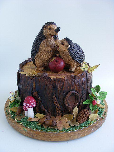Hedgehogs and tree stump cake
