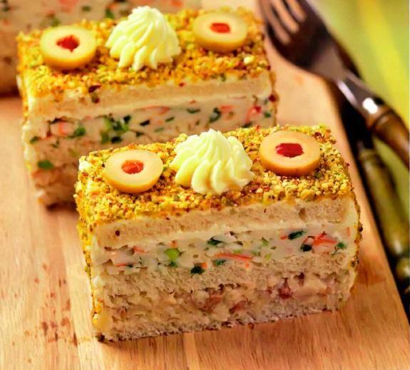 Бутербродный торт с селедочной начинкой