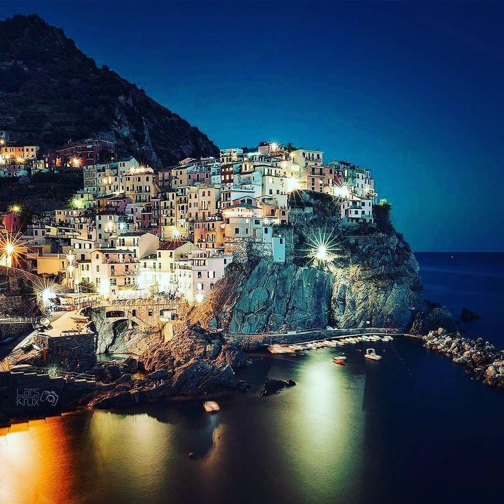 #manarola #italy #italian @top.tags #toptags #italia #foto_italiane #travel #traveling #italyiloveyou #italianstyle #italygram #italytrip #sun #hot #love #ilove #instatravel #amazing #beautiful #italyfood #italianfood #italiano #instalife #tourism #gf_italy #colore_italiano #igersitalia #travelingram