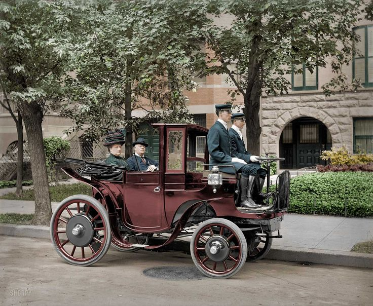 Shorpy Historical Photo Archive :: Horseless Carriage (colorized): 1906