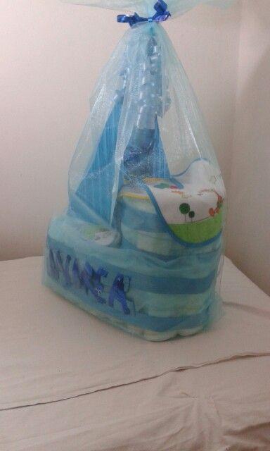 Torta pannolino forma di nave ;)personalizzato per Andrea ;)