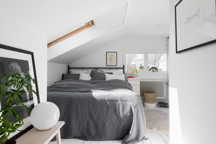 17 best ideas about attic bedrooms on pinterest small attic bedrooms attic bedroom closets. Black Bedroom Furniture Sets. Home Design Ideas