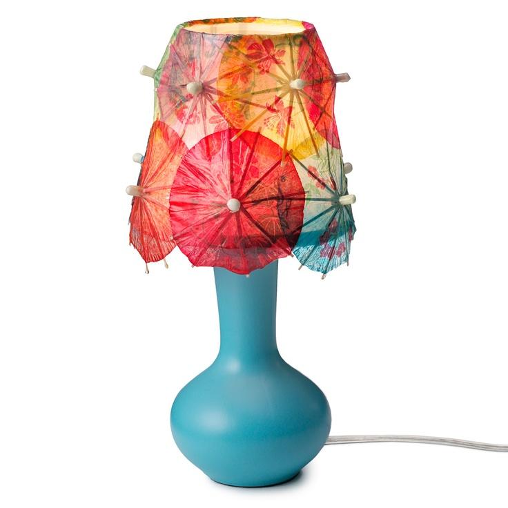 so fun!Drinks Umbrellas, Crafts Ideas, Umbrellas Lamps, Lamps Shades, Cocktails Umbrellas, Drinkumbrella, Lampshades Ideas, Umbrellas Drinks, Diy
