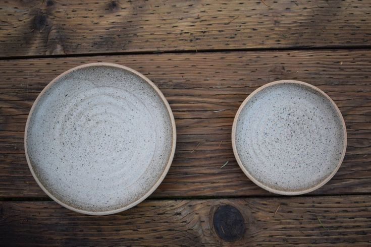 I really like making plates but don't usually keep the web shop stocked. I would be happy to make a dinner ware set for you though. Contact me by e-mail for additional pairings, offerings, and dinnerware set discounts.  made to order/ up to one month lead time. raw stone/ash glaze Dinner plate 9.5&q