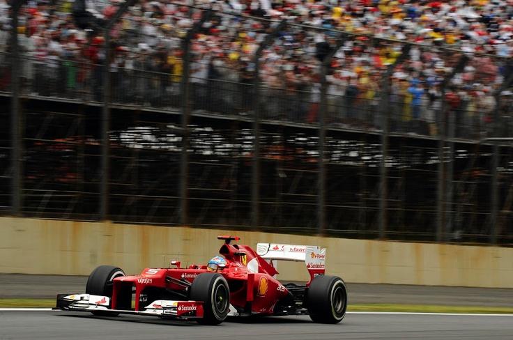 G.P de Brasil: No pudo ser, al final solo faltaron tres puntos pero ha sido una gran temporada de Fernando Alonso. La temporada que viene te seguiremos apoyando como nunca.