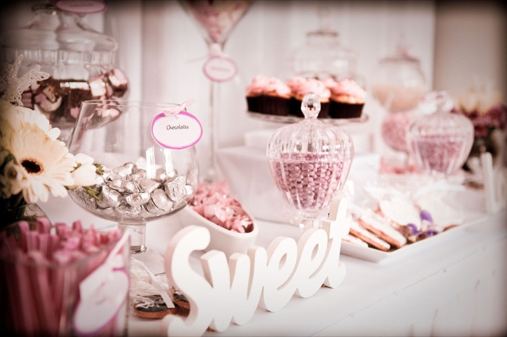 elegant lolly stand