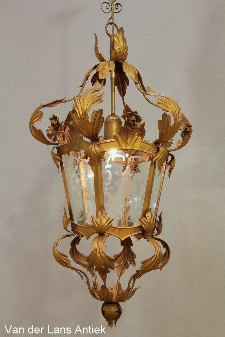 Romantische lantaarn 25550 bij Van der Lans Antiek. Meer antieke lampen op www.lansantiek.com