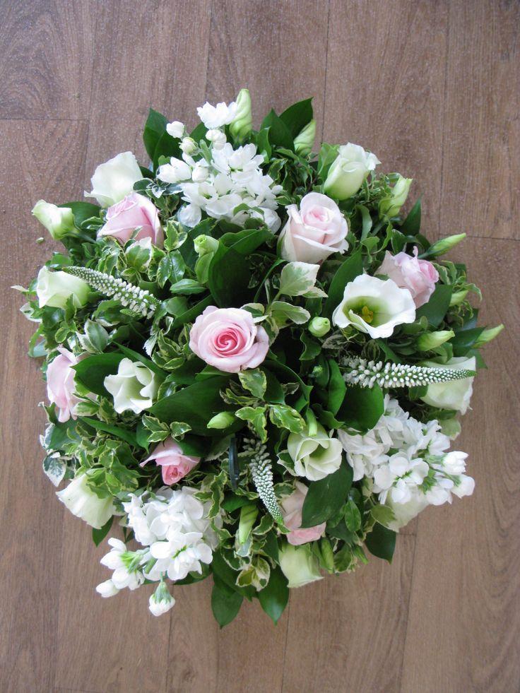 22 best Funeral Flowers images on Pinterest | Beerdigung blumen ...
