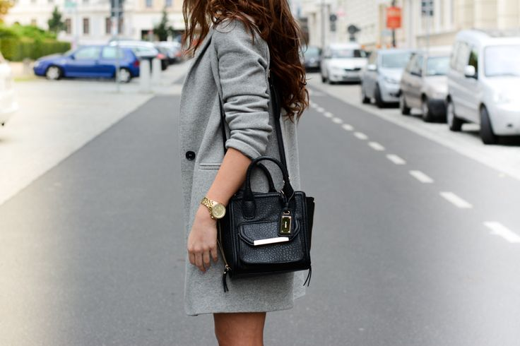 http://fashionbymonika.blogspot.com/