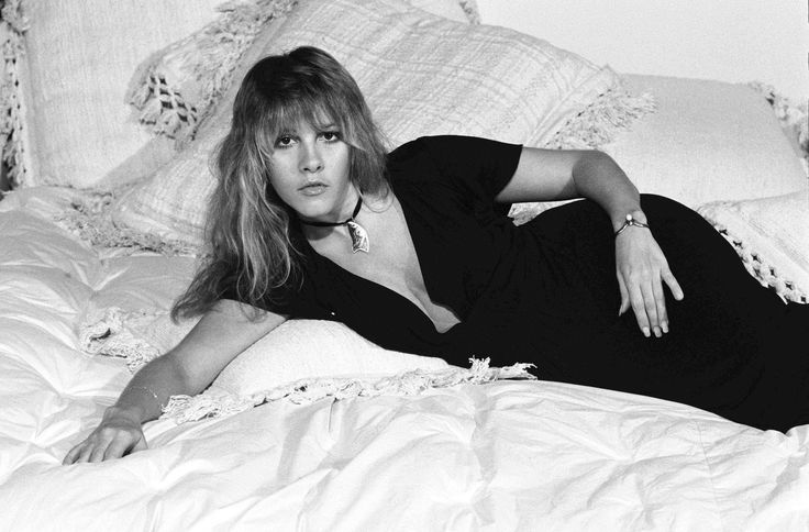 Stevie Nicks photographed by Ken Regan in 1977. Courtesy of David Meade on Ivory Keys.