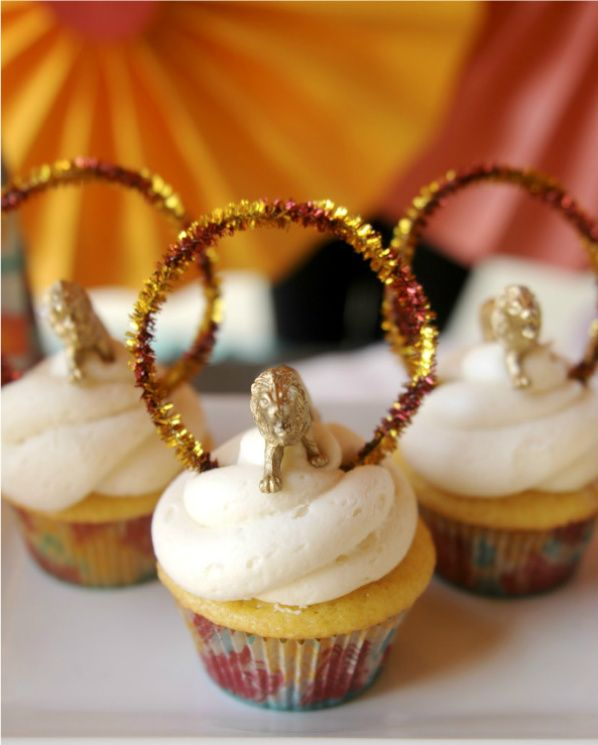 RING OF FIRE CUPCAKES - perfect because I have these exact cupcake liners!