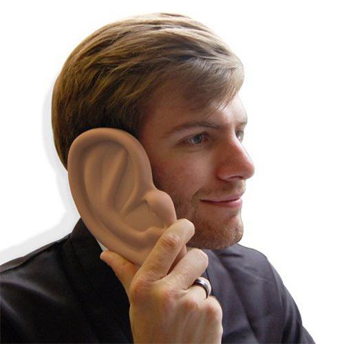 Ben jij een grappenmaker en wil je je vrienden even raar laten kijken? Met deze iPhone Ear Case zul jij al je vrienden aan hetlachen maken. Want als je je telefoon opneemt wordt je oor opeens 2 keer zo groot! $11.90