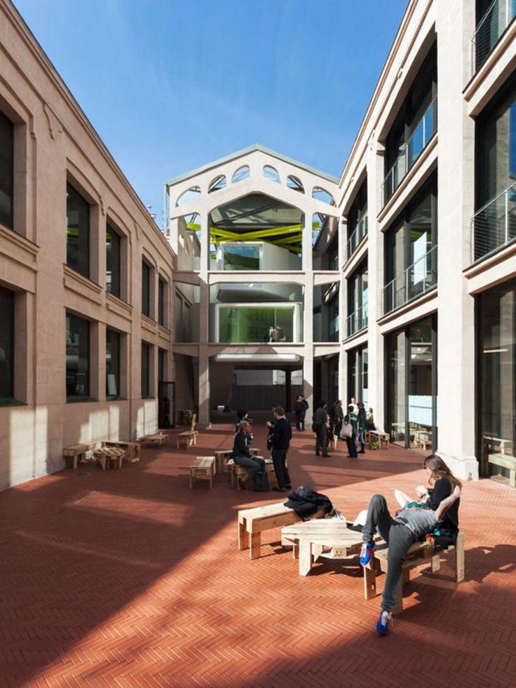 Langarita-Navarro Arquitectos, Miguel de Guzmán, Luis Diaz Diaz · Centro Medialab-Prado. Madrid, Spain