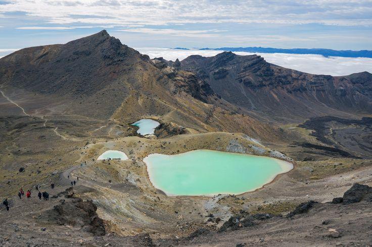 Tongariro Alpine Crossing Emerald Lakes