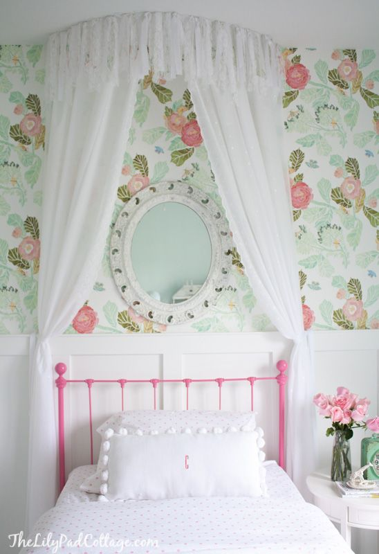 Group of Wallpaper Little Girl Bedroom