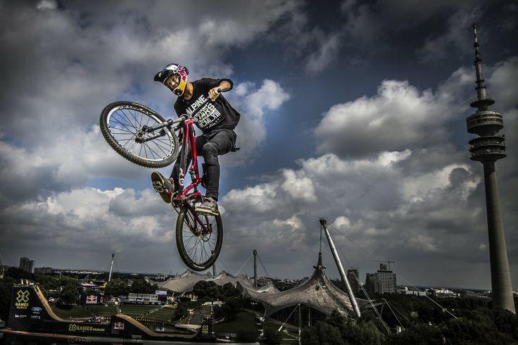 Martin Soderstrom | Flo Hagena/RedBull #mountainbiking #love #fun #mountainsports #extremesports #nature #travel #specialized #redbull #alpinestars #gopro #continental #mavic #sram #pocsports #nc17_europe #xtremespots