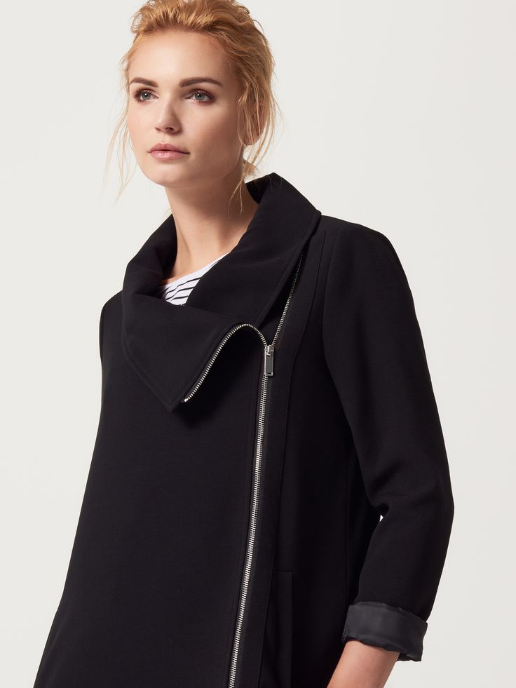 Minimalistyczny płaszcz z asymetrycznym zapięciem, KURTKI, PŁASZCZE, czarny, MOHITO