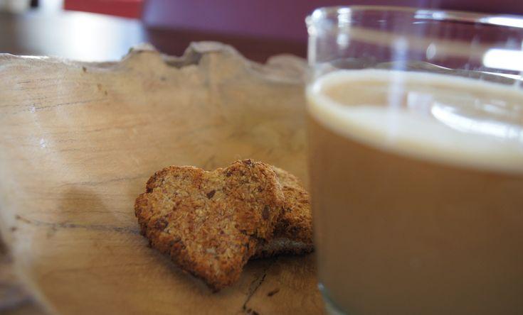 Deze Suikervrije Banaan Kokos Koekjes suikervrij, tarwevrij en zuivelvrij en ook nog eens vegan! Super gezond en waanzinnig lekker, bekijk het recept hier!
