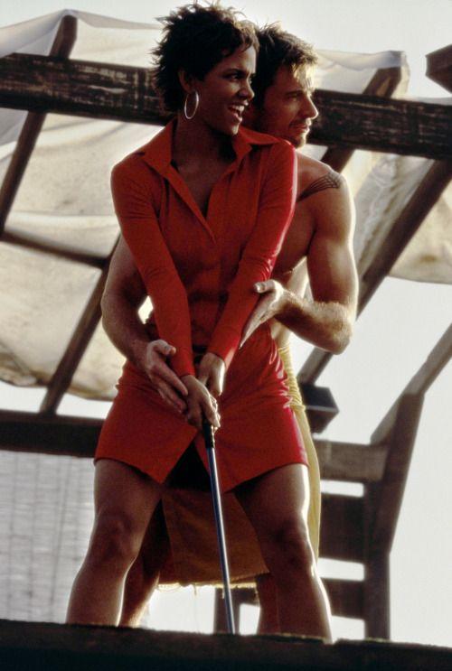 sockonyercock:  Hugh Jackman & Halle Berry getting jiggy wit in Swordfish (2001)