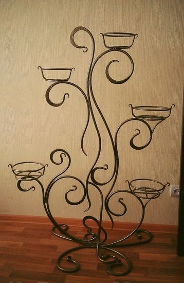 Forged flower stand