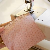 How to finish seams with a sewing machine - no serger required :)