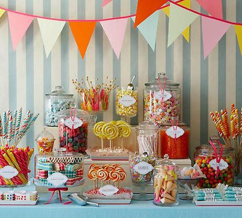 Nicht nur etwas für die kleinen Hochzeitsgäste – die Candy-Bar! – Foto: cb Candy bar Amy Atlas