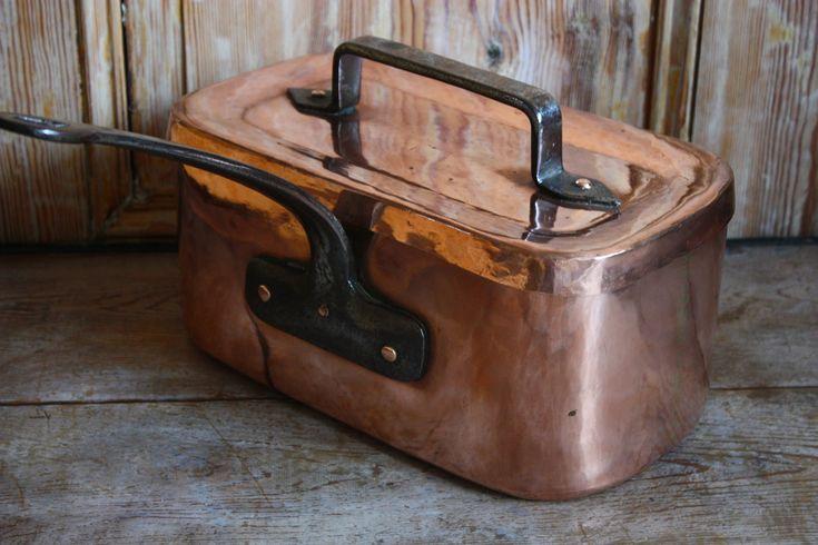 rectangle copper pot.