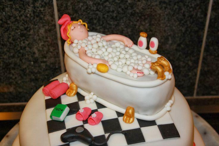 Dame i mad Fødselsdagskage