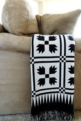 black and white bear claw pattern #quilt #bearclaw