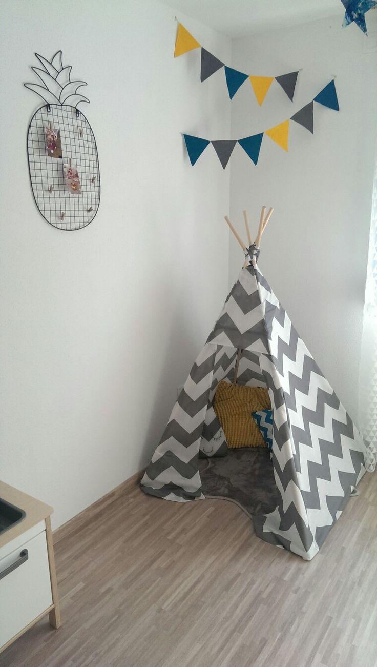 Tipi maison, housse de couette conforama utilisée pour créer la tente  Coussins Ikea, maisonsdumonde, conforama et coussin goutte DIY Ananas photos Alinea