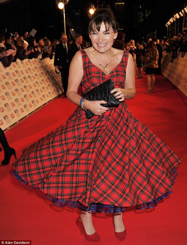 Burns night bonny: Lorraine Kelly stayed true to her roots in a full-skirted tartan dress    Read more: http://www.dailymail.co.uk/tvshowbiz/article-2091772/National-Television-Awards-2012-Tulisa-ruffles-feathers-leads-charge-glamour.html#ixzz2J1Rx4qJx  Follow us: @MailOnline on Twitter | DailyMail on Facebook