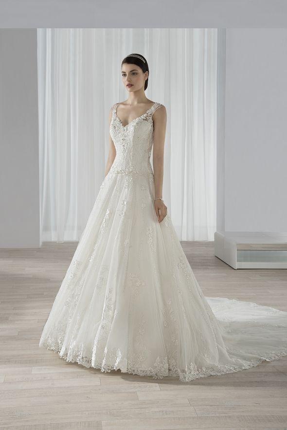 Νυφικά Φορέματα Demetrios 2016 Collection - Style 592