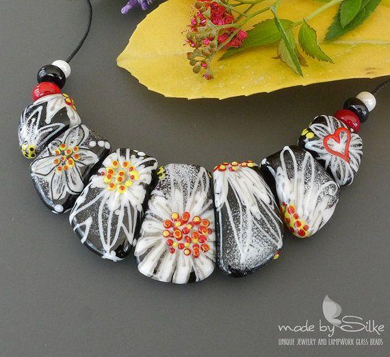 handmade lampwork beads set love white flowers artisan glass jewelry necklace beads