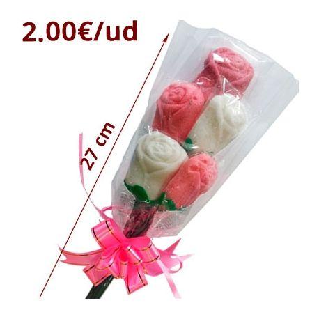 RAMO 5 ROSAS NUBES son ramos de 5 rosas hechas de nube blancas y rojas. Se vende caja expositora de 12 ramos de 90gr cada uno