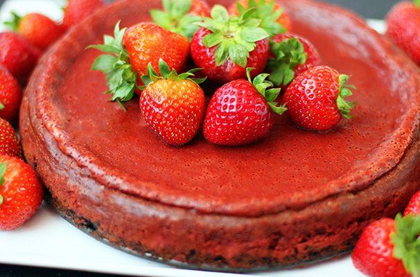 Cheesecake de terciopelo rojo tipo red velvet