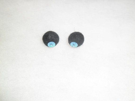 Black stud earrings. Minimalist wool felted earrings. by EmisaFelt
