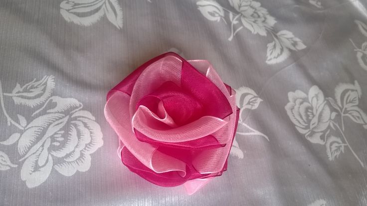 Made this rose flower - pink and sirees pink