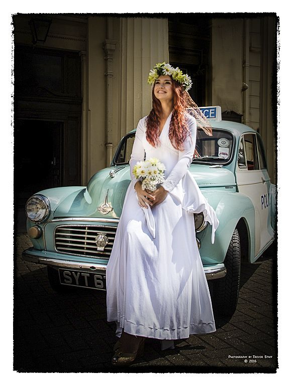 Hire Vintage Wedding Car And Dresses In West Sussex