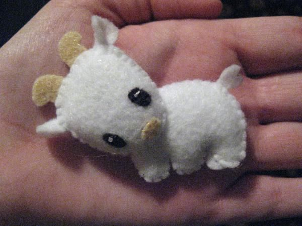 Another cute little stuffed animal that Natalie would love. Could make a whole farm!