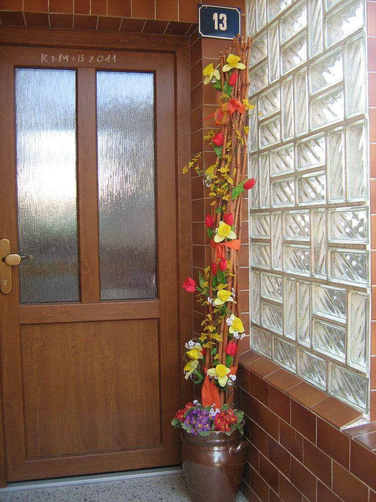 Jaro u dveří